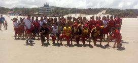 Guarda Vidas oferecem oficinas educativas a Crianças na praia do Calhau